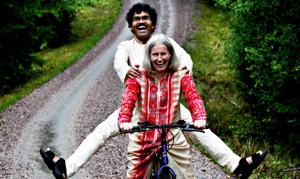 Cycling from India to Sweden for love
